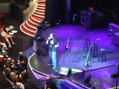Def Leppard Cruise from Hell ... Host Announces Famed Rocker Jimmy Bain's Death (VIDEO)
