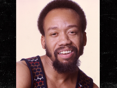 Earth, Wind & Fire's Maurice White -- Dead at 74