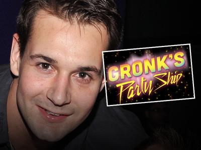 Rob Gronkowski -- Bro Bails On Gronk Cruise ... Over Zika Virus