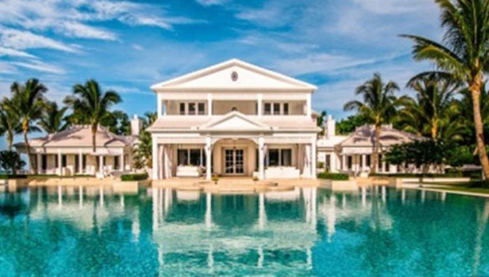 Celine dion florida home water park takes 30 million for Celine dion jupiter island home for sale
