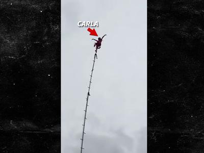 Carla Wallenda -- 80-Year-Old Great Grandma Just Hangin' Around ... 100 Feet in the Air (VIDEO)