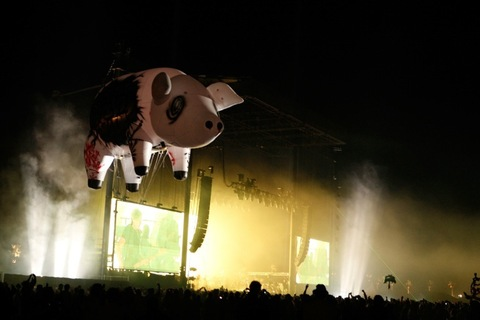 2008: The Pig flies near the stage during Roger Waters performance at day 3