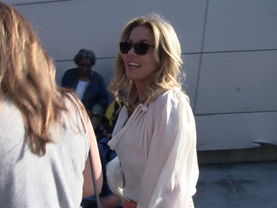 Jeanie Buss -- Phil Jackson's NOT Coming to Lakers ... 'Just Rumors' (VIDEO)