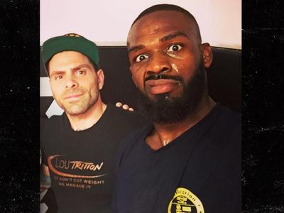 Jon Jones -- Hired Food Specialist ... For UFC Comeback