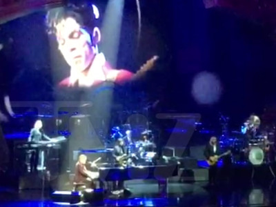 Elton John -- Prince Tribute At Vegas Show ... 'You're a Purple Warrior' (VIDEO)
