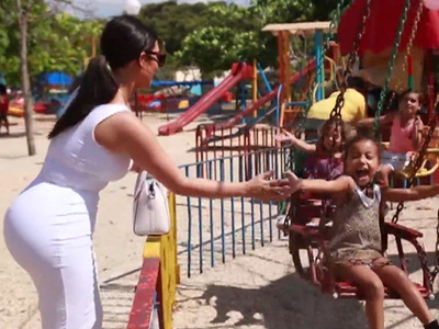 North West -- Squad Goals ... Havana Style! (VIDEO)