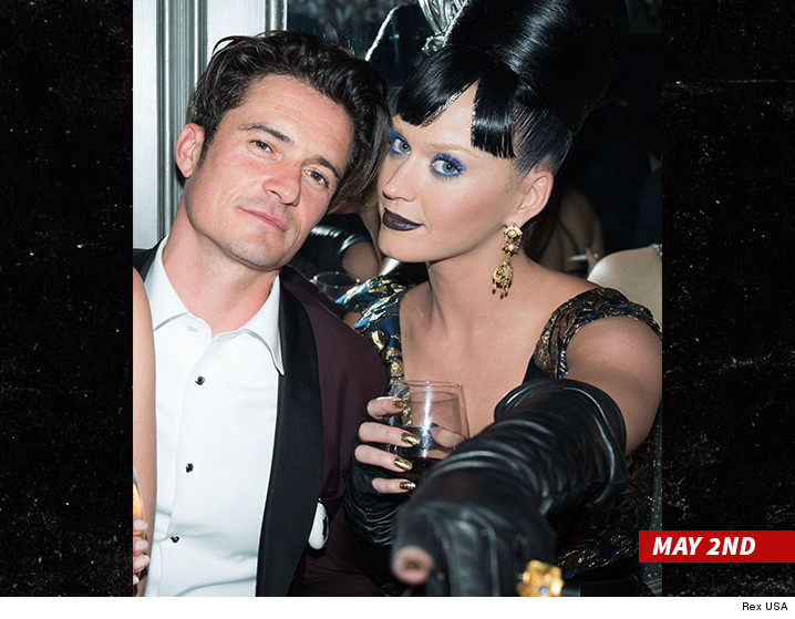 Orlando Bloom and Selena Gomez All Over Each Other in Las ...