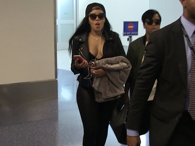 Angela Simmons -- I'm NOT Saying I'm Not Pregnant (VIDEO)
