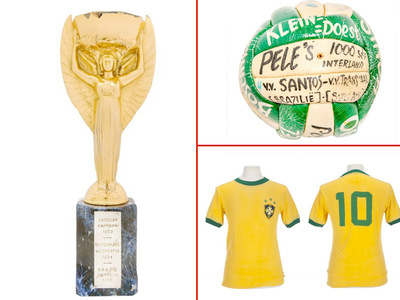 Pele -- OId Balls Up for Grabs ... But They Ain't Cheap! (PHOTOS)