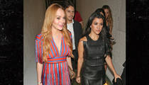 Lindsay Lohan -- Just Like Old Times with Kourtney Kardashian ... But We're Old(er) (PHOTO)