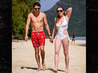 Lindsay Lohan -- I've Got Exotic Taste (PHOTOS)