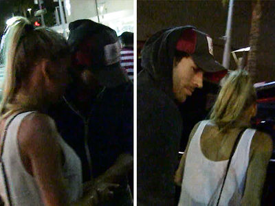 Enrique Iglesias & Anna Kournikova -- How'd They Make it Last??? (VIDEO)