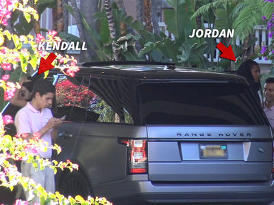 Kendall Jenner, Jordan Clarkson -- Seems Like Fireworks to Us (VIDEO)