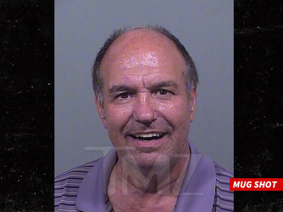 Taylor Swift -- Obsessed Fan Busted for Flashing Penis Before Proposing Marriage (MUG SHOT)