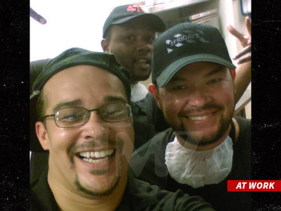 Jon Gosselin -- It's Always Friday ... Now That I Work There (PHOTO)