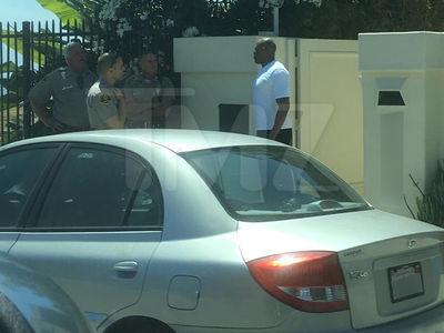 Dr. Dre -- D.A. Rejects Gun Case After Citizen's Arrest