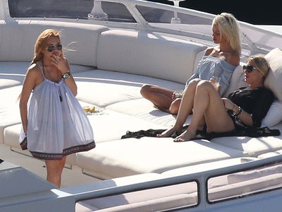 Lindsay Lohan -- I'm On a Boat ... Ciao, Egor! (PHOTO GALLERY)