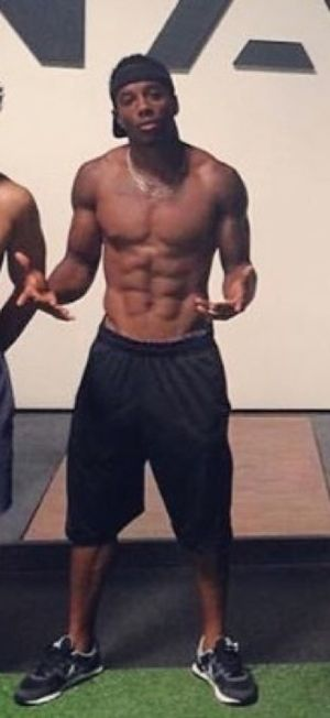 Rugby Player Carlin Isles -- Sexiest Shirtless Shots