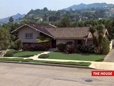 'The Brady Bunch' -- Crooks Break into Famous TV House
