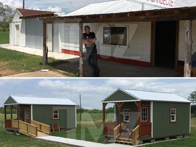 'Texas Chainsaw Massacre' -- Slay Some BBQ, Catch Some ZZZs (PHOTO GALLERY)