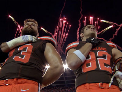 NFL Heavyweights -- 9/11 Tribute ... Football Brings America Together (VIDEO)