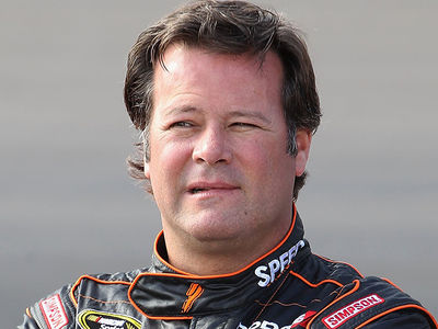 Robby Gordon -- Dad & Woman Found Dead In Driver's Home ... Possible Murder-Suicide