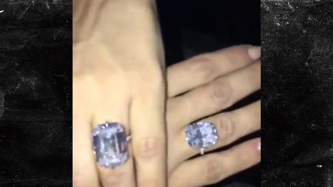 Kanye Put 20cts On Kims Hand TMZcom