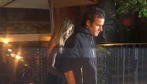 Jennifer Aniston & Justin Theroux -- Smiles, No Smiles