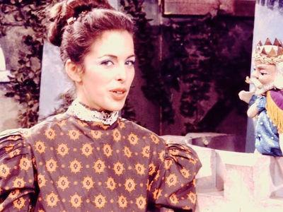 Lady Aberlin on 'Mister Rogers' Neighborhood': 'Memba Her?!