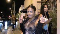 Christina Milian -- Bra Don't Cost a Thing (VIDEO)