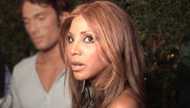 Toni Braxton -- Back In Hospital ... Postpones Show