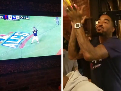 LeBron James & Teammates -- Go Crazy In Cleveland Bar ... When Indians Win ALCS! (VIDEO)