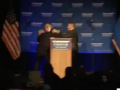 Donald Trump -- Rushed off Stage By Secret Service During Rally (VIDEO)