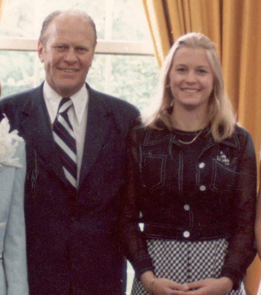 Susan Ford was only 17 years old when she was photographed here with her father, President Gerald Ford, on the day he was sworn into office back in 1974.