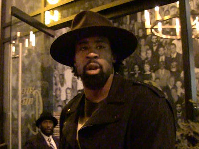 DeAndre Jordan -- Underhand Free Throws? NEVER, LIKE EVER (VIDEO)
