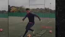 Cristiano Ronaldo -- Blazing Speed Training ... With Legendary 'King Feet' (VIDEO)