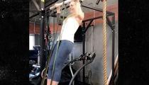 Lindsey Vonn -- Broken Arm Pull Ups ... Seriously. (Video)