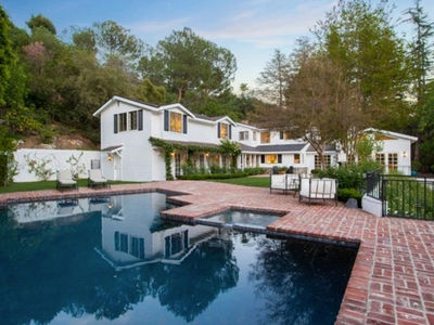 Kate Upton & Justin Verlander -- Score Massive Bev Hills Mansion ... Tennis, Anyone? (PHOTO)