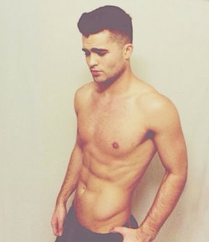 Spencer Boldman's Shirtless Photos