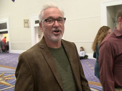Joe Maddon -- LeBron Looked Great In Cubs Uniform ... 'Come Play For Us!' (VIDEO)