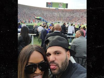New Couple 'Jersey Shore' Ronnie and Malika Mugging at Rams Game (PHOTO)