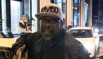 Cedric the Entertainer Says It's Ridiculous to Boycott Trump (VIDEO)