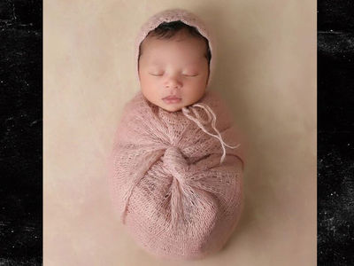 Kobe Bryant's First Pic of Newborn Baby!!! (PHOTO)