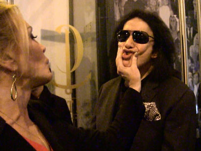 Gene Simmons' Wife Says KISS Declined Trump Inauguration Invite (VIDEO)