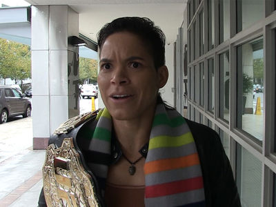 Amanda Nunes: 'Ronda Rousey Blocked Me On Instagram!' (VIDEO)