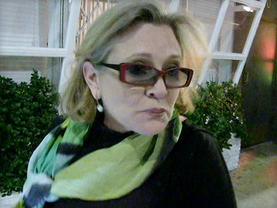 Carrie Fisher Cause of Death 'Not Obvious'