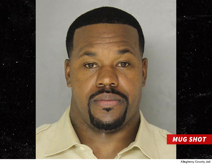 joey porter allegedly attacked bouncer in front of cops. Black Bedroom Furniture Sets. Home Design Ideas