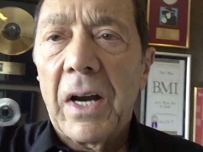 Paul Anka's Turning Down Trump Inauguration, But It's Not Political (VIDEO)