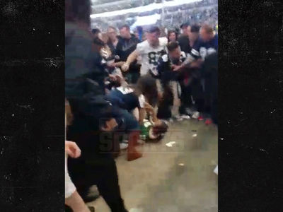 Packers Fan Brutally Stomped Out At Cowboys Stadium (VIDEO)