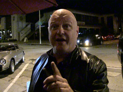 Michael Chiklis 'Relishes' Prospect of Goodell Presenting Brady with Super Bowl MVP Trophy
